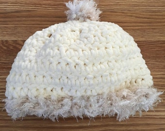 White winter hat with a super soft furry touch!