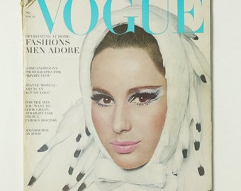 Vintage Vogue Magazine November Nov 15, 1965 Fashion