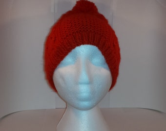 flamboyant Tuque with Pom