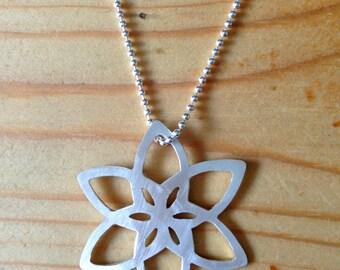 flower geometric silver pendant