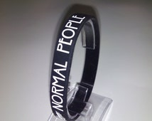 Silicone Bracelet American Horror Story Serie // Pulsera de goma de la serie American Horror Story // Gift Normal People Scare Me