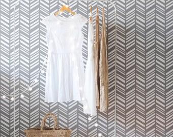 Herringbone Wallpaper / Traditional or Removable Wallpaper L007