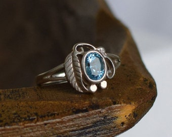 Light Blue Gemstone Silver 925 Vintage Leaf Design Solitaire Ring, US Size 9.0, Used