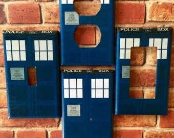 Dr. Who Tardis Police Box Single Outlet Rocker Toggle Blank light switch cover plate home room decor