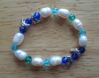 Crystal dolphin bracelet