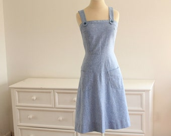 SALE! Adorable Vintage 1960's CHAMBRAY SUNDRESS with Front Pockets
