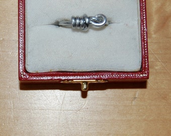 Lightbulb Wire ring