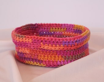 Crocheted Basket: small round basket for storage and decoration