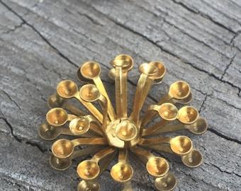 Brass Flower - 12 Pieces - # 156