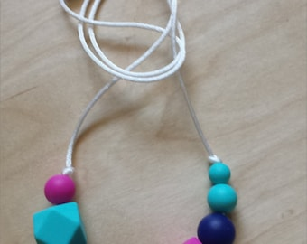 Stella Silicone Necklace: Turquoise - Navy - Violet Pink