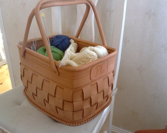 Small leather basket