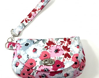 Pink floral wristlet clutch purse floral clutch pink purse with 2 interior pockets and zipper pocket small bag small purse wristlet bag