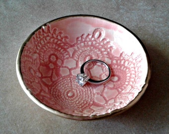 Ceramic Ring Bowl Trinket bowl Coral lace Gold edged