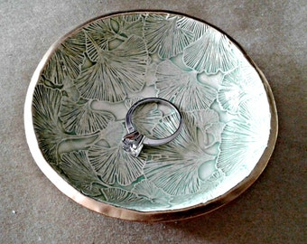Ceramic Ring Bowl Trinket bowl Ginko leaves Gold edged