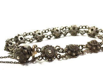 Etruscan Revival Bracelet / Vintage 1940s Antique Inspired Link Bracelet in Antique Silver