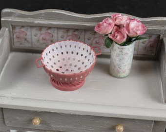 Dolls House Miniature Pink Colander Strainer in 1:12 scale