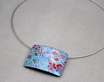 Polymer clay Statement pendant necklace Choker Abstract feminine design Flower botanical jewelry Rectangle pendant Neck wire Metallic colors