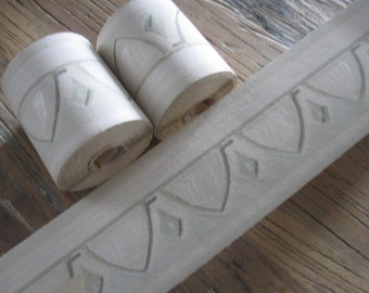 4 Rolls of Vintage Wallpaper Borders Egg & Dart Motif