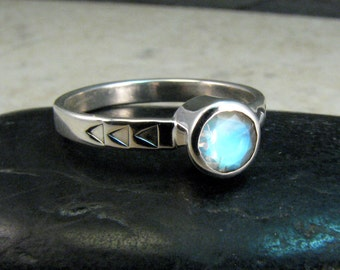 Rainbow Moonstone Ring Sterling Silver - Moon Stone Ring - Faceted Blue Moonstone Ring - June Birthstone Ring - Modern Moonstone - Size 6.5