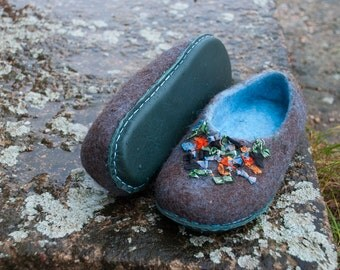 Wool slippers womens Felt wool shoes Brown blue felted wool house shoes Flat Spring shoes