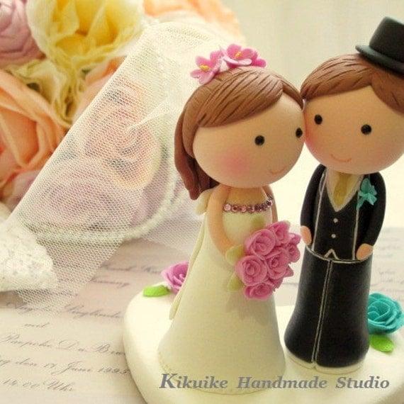bride and groom cake topper (K207)