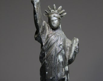 Lady Liberty- Vintage STATUE OF LIBERTY- Grungy Distressed Patina-New York City Landmark- Figurine- Cast Metal- Ellis Island