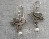 Sweet Vintage Silver Bird Dangle Earrings with Pearl Drop
