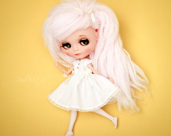 Pure Neemo Dress, Blythe Dress, Blythe Clothing, Blythe outfit, 1/6 Doll, Simple Dress, Pintuck Dress, Neo Blythe - White