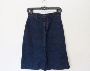 Vintage 1970s Levi's A-Line Jean Skirt / Dark Blue Denim / Farmers, Mechanics and Miners Plowboy Line
