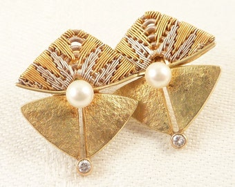 Vintage Modernist 18K White and Yellow Gold Woven Wire Post Earrings with Pearl and Accent Diamond