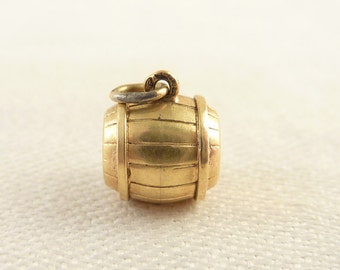 Vintage 14K Gold Hollow Barrel Charm
