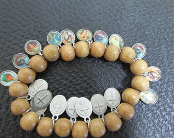Catholic Saints Bracelet Vintage 19 Charms with Wood Beads