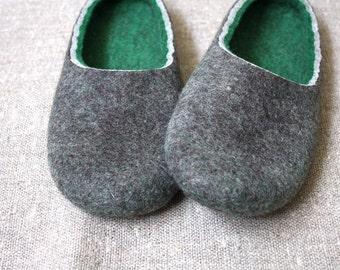 Autumn soft and cozy hand felted wool slippers in unisex size EU39,5 already made and ready to ship