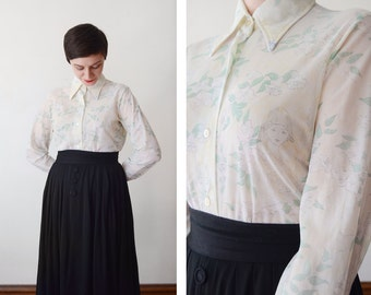 1970s Novelty Blouse with Art Deco Ladies - S/M