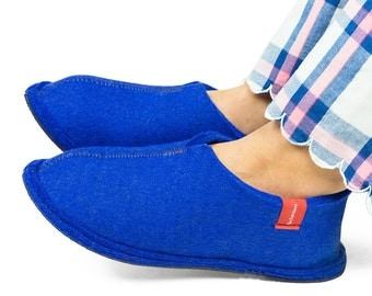 Wool Felt Slippers - Blue or Red, 100% Wool, Felt House Shoes
