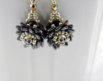 "READY TO SHIP Goth Skull Jet Picasso Dragonscale and Sterling Silver Beadweaving Earrings ""Memento Mori"""