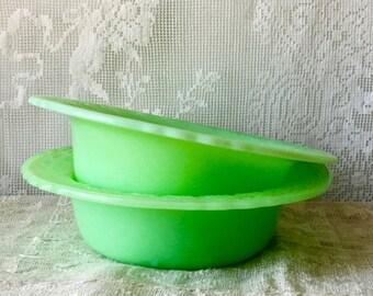 Vintage McKee Jadeite Laurel Wide Rim Cereal Bowls FireKing 2