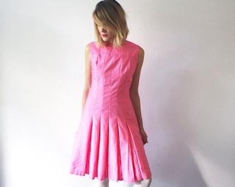 60s skater dress. pink dress. 60s pleated mini dress - small to medium