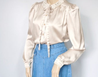 Satiny Vintage Blouse Lace Collar Bow Blouse Long Sleeve Feminine Girly Blouse Size 8