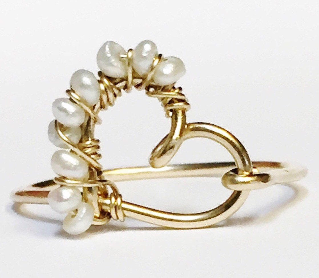 pearl ring dainty ring heart ring pearl jewelry gold. Black Bedroom Furniture Sets. Home Design Ideas