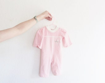 baby girl jumper . vintage pink and white with daisy trim . infant onesie .sale s a l e