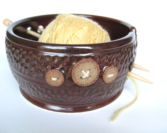 Yarn keeper / bowl with five buttons in reddish brown, IN STOCK