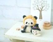 Pumpkin Hat Panda & Kawaii Ghost, Japanese Needle Wool Felt  DIY Kit,  Hamanaka Kit, Easy Felting Tutorial, Cute Animal Felt Doll, F158