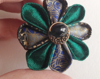 Small Lapel Pin Emerald Green Silk Boutonniere with Black and Gold Vintage Button