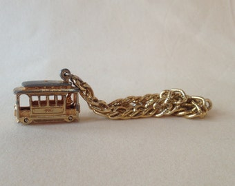 Cable Car Charm Bracelet – Chunky 1960s Jewelry