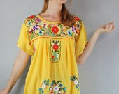 Vintage 70s Women's Oaxacan Mexican Embroidered Yellow Bright Festival Fashion Spring Summer Boho Dress