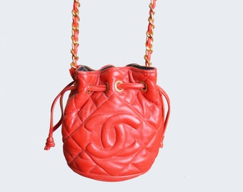 Vintage 70s 80s Red CC Chain Strap Drawstring Bucket Shoulder Bag