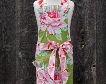 Tickled Pink Child Full Apron