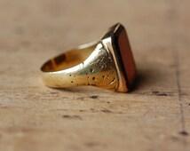 Vintage 18K carnelian signet ring ∙ vintage gold carnelian signet statement ring