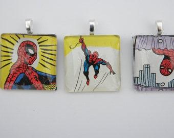 """Marvel's Spiderman Glass Tile Pendant 1"""" x 1"""""""